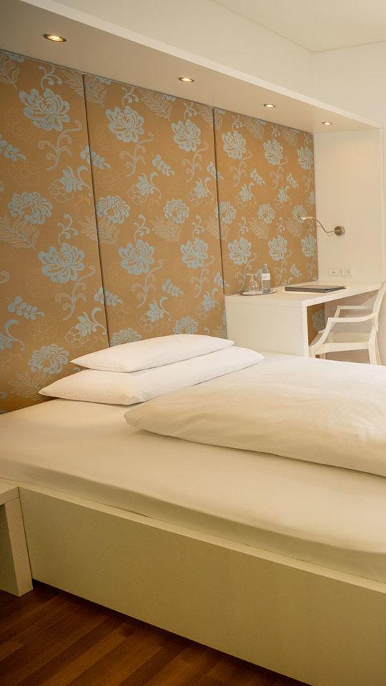Basic Room Hotel Gollner Graz